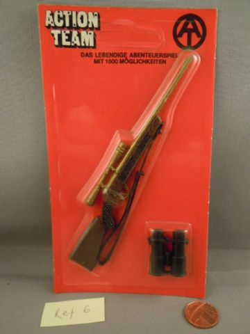 VINTAGE ACTION TEAM - Hunting Rifle with Scope & Binoculars on  Card (Ref6)